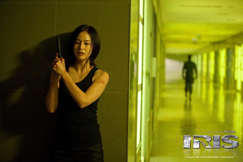 [韓劇] 아이리스 (特務情人IRIS) (2009) Kim_tae_hee-iris-11